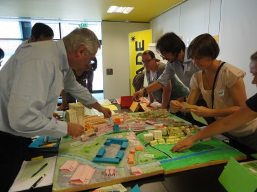 Leonardo project partners try out using the PFR model