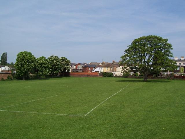 Mentmore Park